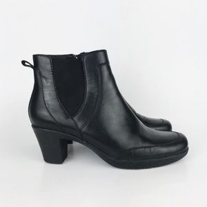 Clark's Black Leather Heeled Chelsea Ankle Boot 8